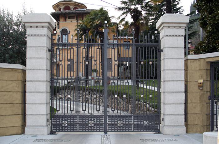 Cancelli Fatti A Mano Balaustre E Inferriate In Ferro Battuto La